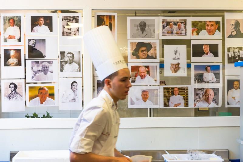 """Association Française des maîtres Restaurateurs"""" - Finale nationale 6 ème édition du concours national de cuisine """"Jeunes Talents Maîtres Restaurateurs"""" 02-2016 Ecole Ferrandi - Paris"""